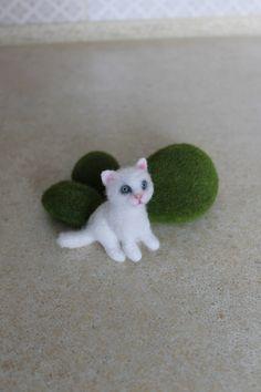 Белый кошка любовник подарок день рождения скульптура иглы войлочный черный
