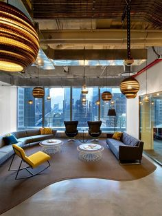 Office Tour: Condé Nast Entertainment Offices – New York City – Office lounge Contemporary Interior Design, Office Interior Design, Office Interiors, Interior Design Inspiration, Contemporary Office, Contemporary Stairs, Contemporary Cottage, Corporate Interiors, Contemporary Apartment