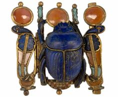 Clasp of a piece of scarab Jewelry from Tutankhamuns' tomb.