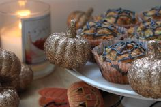 If you like feeding your pooch only the very best, give this sugar-free and gluten-free dog cake recipe a bash. For fun, we've added a Hallowe'en vibe!...