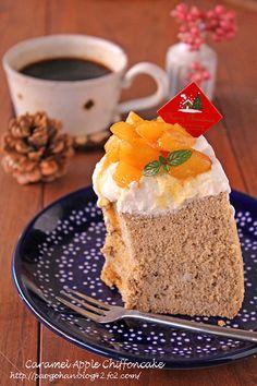 りんごのキャラメリゼシフォンケーキ☆ラフな簡単デコでクリスマスケーキ - ぱおのおうちで世界ごはん☆