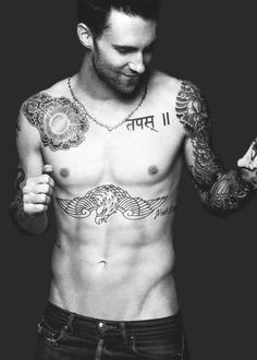 10 of the Sexiest Adam Levine Shots, Don't miss 9 10!!!