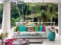 Decor: Garden seat