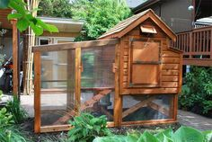 A nice looking back yard coop with good plans and detailed pictures.