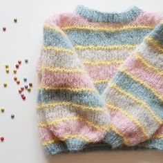 Free Knitting Pattern For Unicorn ` Knitting Unicorn Pattern Free Unicorn Knitting Pattern, Sweater Knitting Patterns, Knit Patterns, Free Knitting, Baby Knitting, Knitting Sweaters, Knitting Charts, Women's Sweaters, Tricot Simple