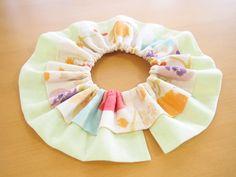 フリルスタイの作り方~3タイプアレンジ~: うろこのあれこれハンドメイド Ruffle Diaper Covers, Baby Bibs, No Frills, Gift, Pattern, How To Make, Fashion, Dressmaking, Bibs