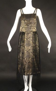 c.1918 Gold Bullion & Chantilly Lace Gown