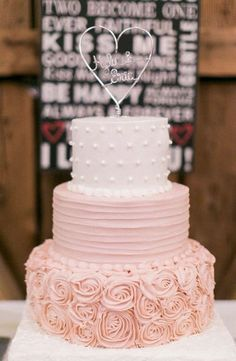 Wedding cake idea; Featured Cake: Lesley's Creative Cakes