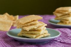 White Cheddar Crackers by Healthful Pursuit