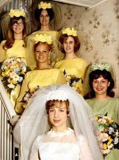 New wedding dresses vintage retro bridal gowns ideas 1960s Wedding, Vintage Wedding Photos, Vintage Wedding Hair, Vintage Bridal, Vintage Weddings, Vintage 70s, Trendy Wedding, Funny Vintage, Dress Vintage