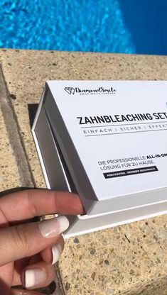 Zahn Bleaching, Serum, Gadgets, Cards Against Humanity, Led, Technology, Tooth Enamel, Products, Gadget