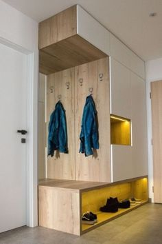 Home Room Design, Home Interior Design, Living Room Designs, House Design, Home Entrance Decor, House Entrance, Hall Furniture, Home Decor Furniture, Flur Design
