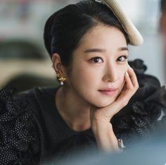 Asian Actors, Korean Actresses, Korean Actors, Actors & Actresses, Seo Ji Hye, Hyun Seo, Find Friends, Badass Women, Shows