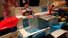 Sneak peek, first look reveal of the new Paw Patroller from Spinmaster Toys! Also included is a sneak peek of the new Ever. Christmas Toys, Christmas Shopping, Christmas 2015, Holiday, Paw Patrol Toys, Paw Patrol Party, Preschool Age, Popular Toys, Disney Toys