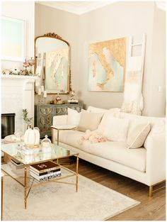 21 Cozy Living Room Designs With Fireplace - Marble Blush Living Room, Cozy Living Rooms, Home And Living, Living Room Decor, Decoration Design, Fall Home Decor, Living Room Designs, New Orleans, Blogger Lifestyle