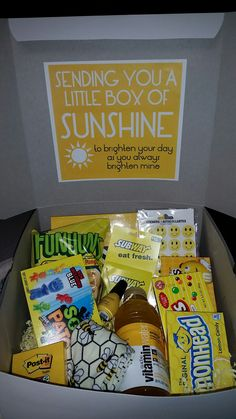Little box of sunshine boyfriend birthday gifts, cute boyfriend gifts, bff gifts, gifts Cute Birthday Gift, Birthday Gift Baskets, Birthday Gifts For Best Friend, Birthday Box, Birthday Presents, Birthday Crafts, Candy Birthday Cards, Birthday Present Diy, Grandpa Birthday