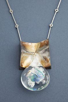 Björn Weckström necklace Viking Jewelry, Old Jewelry, Modern Jewelry, Pendant Jewelry, Jewelry Crafts, Jewelry Art, Vintage Jewelry, Jewelry Design, Raw Beauty
