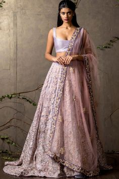 Every Indian Bride has her own designer wedding lehenga dreams. We have picked our favourite stunning bridal lehenga colors that are not red Choli Designs, Lehenga Designs, Indian Wedding Outfits, Bridal Outfits, Girly Outfits, Punk Outfits, Indische Sarees, Indian Bridal Lehenga, Anarkali Bridal
