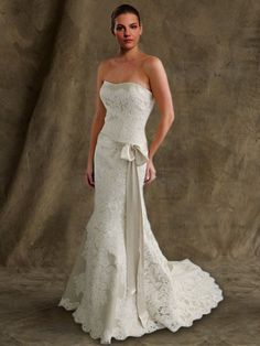 Wedding Dress. Lift the bow a tad higher and turn it around and it would be perf