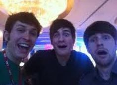 Smosh and tobuscus. when 3 awesome beings take a picture. Danisnotonfire, Amazingphil, Toby Turner, Smosh Games, Shane Dawson, Best Youtubers, Pewdiepie, Funny Clips, Celebrity Pictures