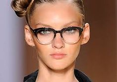 Two Tone Frame…Dress it up or leave it sporty. eyeglasses 2013 and c… Two Tone Frame…Dress it up or leave it sporty. eyeglasses 2013 and celebrities pictures Glasses For Round Faces, Funky Glasses, Cool Glasses, New Glasses, Girls With Glasses, Glasses Frames, Glasses Sun, Glasses Style, Fashion Eye Glasses
