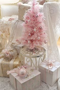 Jennelise: Pink Trees and Presents                              …