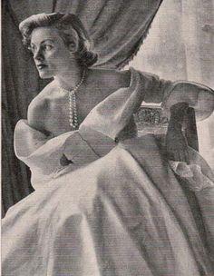 April 1949 Simone Imbert in Jacques Fath dress