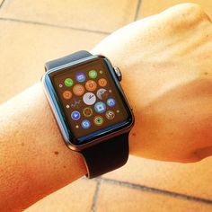 So cool  #apple#iwatch#applewatch#cool#instalove#instamoment#instafashion#fashonblogger#hightech#tech#shop#loveshopping#fashionista#picoftheday#tagsforlife#summer2015#time by laelem