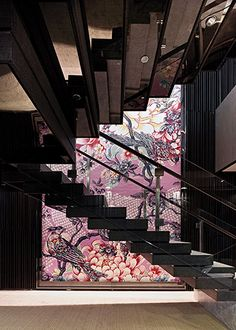 Deutsche Bank, Hong Kong, Hassell, Feature Wall, Dramatic, Feminine, Contrast, Hard Finishes, Fauna, Flora, Graphic, Pastels, Black, Reflective