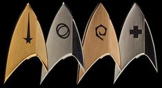 QMx have added to their already popular line of Star Trek Magnetic Insignia Badges with Star Trek: Discovery. Star Trek Logo, Star Wars, Star Trek Uniforms, Star Trek Images, Star Trek Ships, Star Trek Universe, Deep Space, Sci Fi Fantasy, A Comics