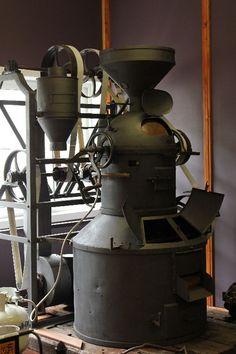 Crema Coffee Forum - Antique Coffee Roaster - located in Brisbane