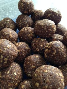 Raw Food Recipes, Great Recipes, Cooking Recipes, Granola, Energy Balls, Biscuits, Gluten, Keto, Nutrition