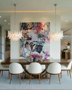 Get inspired by these dining room decor ideas! From dining room furniture ideas, dining room lighting inspirations and the best dining room decor inspirations, you'll find everything here! Decor, Room Design, Dining Room Walls, Dining Room Design, Luxury Dining Room, Home Decor, House Interior, Mid Century Dining Room, Contemporary Dining Room