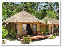 Thailand Island Hopping - Beach Huts In Thailand Hut House, Tiny House, Thailand Beach, Bali Beach Huts, Thailand Travel, Thailand Island Hopping, Bamboo House Design, Bahay Kubo, Cabin In The Woods