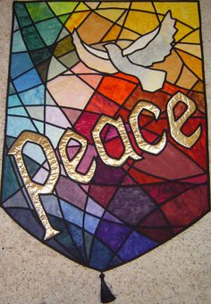 Peace and Dove Stained glass quilt, new project. Does anyone know where I can get the pattern for this banner?