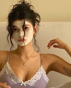 Shared by ♡Only Girls♡. Find images and videos about girl, beauty and model on We Heart It - the app to get lost in what you love. Aesthetic Photo, Aesthetic Girl, Angel Aesthetic, Aesthetic Makeup, Images Esthétiques, Beauty Makeup, Hair Beauty, Mode Inspiration, Photos