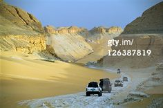 Search - Getty Images : desert car convoy