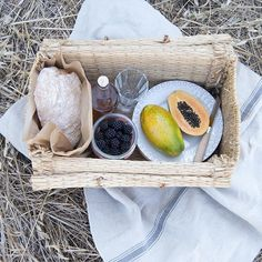 fill your summer with picnic moments and amazing photos #poemo #lovingthepoetryofeverydaylife