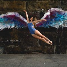 """Give up everything that weighs you down."" :@jreidphoto :@colettemillerwings   #dancer #dance #newyorkcity #nyc #manhattan #harlem #colettemillerwings #angelwings #streetart @yumikoworld #yumiko #JRPDanceStudy"