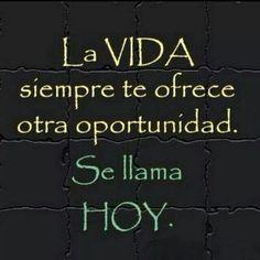 Hoy se feliz por que mañana no existe ❥Teresa Restegui http://www.pinterest.com/teretegui/❥
