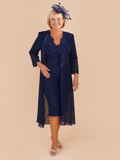 This elegant Ann Balon dress has been beautifully designed with a honeycomb lace fabric, appliqué v-neck design and has ¾ sleeves. Paired with a matching full-length coat. The name of the outfit is Barbara and has been designed in a Blue Marino shade of colour. View more Mother of the Bride and Mother of the Groom dresses from our Ann Balon collection at: http://www.baroqueboutique.co.uk/mother-of-the-bride-south-wales/  Photographs courtesy of: http://www.annbalon.com/