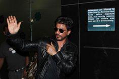 Bollywood Ka Badshah SRK Spotted At Airport