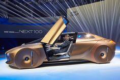 独BMW、タイヤの切れ角にあわせてボディ形状が変形するコンセプトカー「BMW VISION NEXT 100」を公開