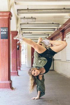 63 Trendy Ideas For Hip Hop Dancing Poses Contemporary Dance Music, Modern Dance, Dance Photography, Vintage Photography, Electric Dance, Chica Hip Hop, New York Photographie, Baile Hip Hop, Dance Poses
