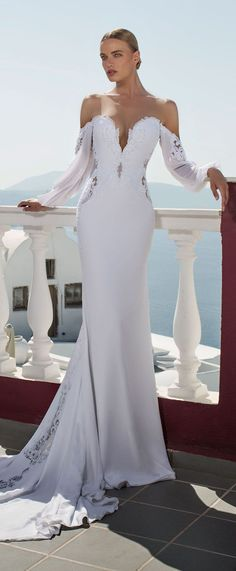 Wedding Dress by Julie Vino - Santorini Collection 2016 - Belle The Magazine #weddingdress