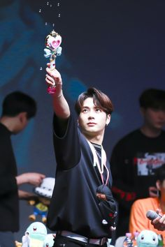 Jackson Wang i fall in love with this guy😍😍 Jackson Wang, Mark Jackson, Got7 Jackson, Youngjae, Kim Yugyeom, Bts Memes, Rapper, I Got 7, Got7 Members