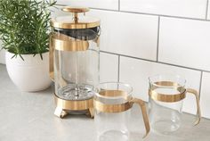 Brew and serve delicious coffee in this stylish and functionally designed French press coffee pot from Barista & Co range. Dimensions: x x Capacity: 34 oz. Hand wash only French Press, Hand Washing, Barista, Brewing, Modern Design, Coffee Maker, Stainless Steel, Glass, Range