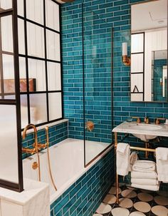Bathroom goals at The Williamsburg Hotel - - Badezimmer ♡ Wohnklamotte - Bathroom Decor Bad Inspiration, Bathroom Inspiration, Cool Bathroom Ideas, Williamsburg Hotel, Williamsburg Brooklyn, Bathroom Goals, Bathroom Renos, Basement Bathroom, Attic Bathroom