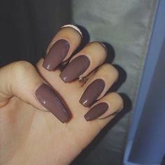 Maroon nails with a little bit of shine. Sexy Nails, Love Nails, Nails On Fleek, How To Do Nails, Perfect Nails, Gorgeous Nails, Pretty Nails, Nail Ring, Nail Jewelry