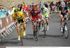 Voeckler rises to the occasion leads Evans, Basso and Schleck.
